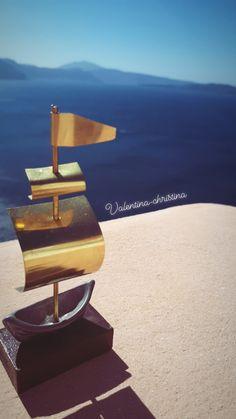 Μοναδικές μπομπονιέρες μεταλλικό καραβάκι #santorini by valentina-christina #valentinachristina#vaptistika#mpomponieres#mpomponieres#mpomponieresvaftisis s#madeingreece #καραβάκι_βότσαλο#μπομπονιερακαραβι #μπομπονιέρες #μπομπονιερες #καραβι#καραβακια#καραβι_μπομπονιερα#valentinachristina #navy#navyvaptism#vaptism#athens#greece#handmade #christeningfavors#handmadeingreece #greekdesigners#μπομπονιερες_γαμου #weddingfavors#baptismfavors#santoriniwedding Greece Wedding, Santorini, Handmade, Craft, Arm Work, Hand Made
