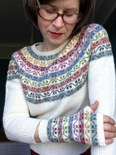 greenhousegirl's Miss Rachel's Yoke - Lilly is Love Fair Isle Knitting, Free Knitting, Knitting Sweaters, Knitting Designs, Knitting Projects, Norwegian Knitting, Big Knits, Knit Picks, Crochet Yarn