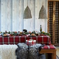 My christmas table idea has changed! I'm in love with tartan!