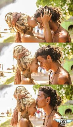 dreads kissing