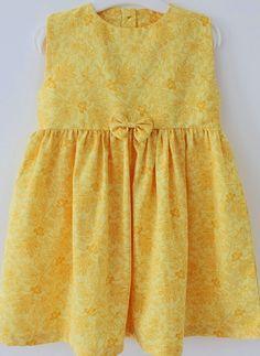 Sarı renkli kolay kız çocuk elbise dikimi modeli Sari, Summer Dresses, Child, Fashion, Little Girl Clothing, Summer Sundresses, Kid, Saree, Boys