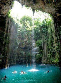 Piscine naturelle au Mexique !!