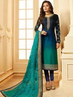 Grab Latest Churidar, Anarkali, Party Wear & EiD Festival Salwar Kameez Online with Flat OFF. Use Discount Code: Hurry up & shop Salwar Kameez. Salwar Suits Pakistani, Indian Salwar Kameez, Churidar Suits, Punjabi Suits, Indian Anarkali, Anarkali Dress, Anarkali Suits, Pakistani Dresses, Eid Outfits