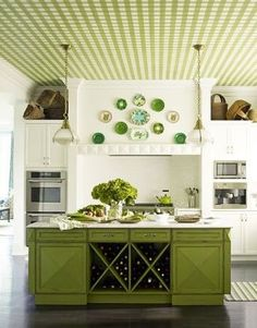 Plafond carreauté vert et blanc - Green and white plaid ceiling
