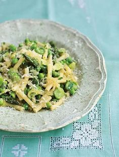 Antonio Carluccio's mini macaroni pasta is served simply with broad beans, peas, asparagus and freshly grated parmesan Parmesan Asparagus, Asparagus Recipe, Gnocchi Dishes, Pasta Dishes, Broad Bean Recipes, Pasta Types, Good Food Channel, Vegetable Stew, Easy Pasta Recipes