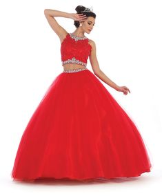 Info and techniques for pretty quinceanera dresses, Let those close to you know if you can't afford all of their fashion hand-me-downs.This can be a wonderful method to get fashionable clothes free of charge. Sweet 15 Dresses, Pretty Dresses, Beautiful Dresses, Two Piece Quinceanera Dresses, Quinceanera Ideas, Plus Size Formal Dresses, Homecoming Dresses, Dress Prom, Ball Gowns