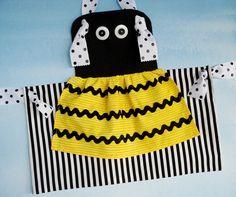 VENTA - PDF ePattern - Bumble Bee y Mariquitas nudo Delantales para Patrón Niños de coser - Tres tamaños
