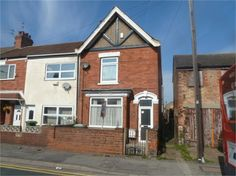 *** FOR SALE *** 3 Bedroom End Terrace House on Durban Road in Grimsby, Lincolnshire. Guide Price: £50,000. Details: http://www.expressestateagency.co.uk/property_listing/propertydetail/propertydetail.ui.php?pid=3560476