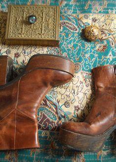 Kaufe meinen Artikel bei #Kleiderkreisel http://www.kleiderkreisel.de/damenschuhe/stiefeletten/136221372-cogancbraune-vintage-plateau-stiefel