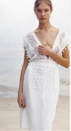 blanco + simple + bordado