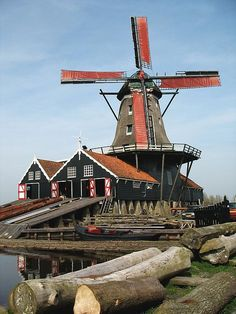 IJlst, Friesland, The Netherlands 🇳🇱 Holland Windmills, Old Windmills, Kingdom Of The Netherlands, Water Tower, Le Moulin, Belgium, Dutch, Places To Go, Beautiful Places