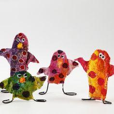 Wire and Plaster gauze sculpture: birds or a cute little monster...=} 2nd grade