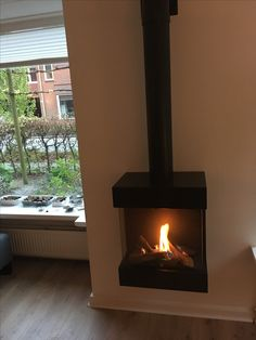 Dru Diablo Next met geveldoorvoer O Gas, Stoves, Fireplaces, Garden Ideas, Home Appliances, Interiors, Wood, Design, Warming Up