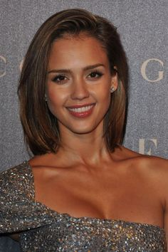 Shoulder Length Hair Style - Latest Hair style of Jessica Alba