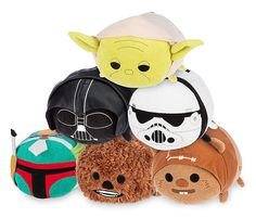 Medium Star Wars Tsum Tsum Collection - Yoda, Darth Vader, Stormtrooper, Boba Fett, Chewbacca, and Warrick Ewok