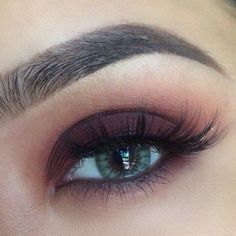 10 Intense Metallic Eye Looks ❤ liked on Polyvore featuring beauty products, makeup, eye makeup, eyes, beauty y makeup/hair/nail