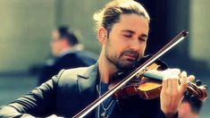 David Garrett - Stop Crying Your Heart Out Watching him play the violin just melt my heart......<3