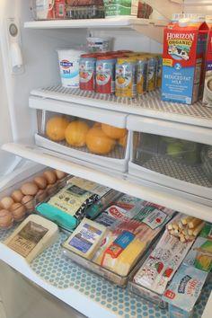 Organizing the Fridge - Graceful Order Freezer Organization, Refrigerator Organization, Small Refrigerator, Refrigerator Storage, Kitchen Organization Pantry, Organization Hacks, Kitchen Pantry, Organized Fridge, French Door Refrigerator
