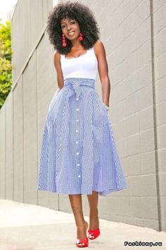 Что модно носить весна-лета 2017: новинки дизайна летней одежды для девушек на фото. Модные вещи и стильные варианты женской одежды. Новые тенденции сезона.