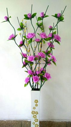 Nylon Flowers, Big Flowers, Felt Flowers, Beaded Flowers, Fabric Flowers, Paper Flower Art, Crepe Paper Flowers, Flower Crafts, Vase Crafts