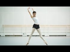 Aletta Collins rehearses new ballet Blue Moon with an all-female cast (The Royal Ballet) Alonzo King, Dance Dance Revolution, Royal Ballet, Blue Moon, New Work, Dancer, It Cast, Challenges, Female