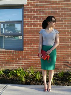 Love the colorful skirt and pretty heels with a plain gray t-shirt