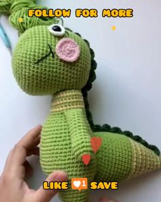 Crochet Amigurumi for Beginners - crochet patterns for beginners step by step Crochet Dinosaur Patterns, Animal Knitting Patterns, Crochet Dolls Free Patterns, Crochet Patterns For Beginners, Crochet Designs, Beginner Crochet, Crochet Animal Amigurumi, Amigurumi Doll, Crochet Animals