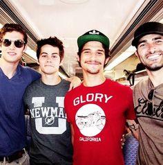 Daniel Sharman (Isaac), Dylan O'Brien (Stiles), Tyler Posey (Scott) and Tyler Hoechlin (Derek) behind the scenes of Teen Wolf.