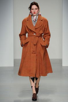 Vivienne Westwood Red Label Fall 2014 Ready-to-Wear - Collection - Gallery - Look 1 - Style.com