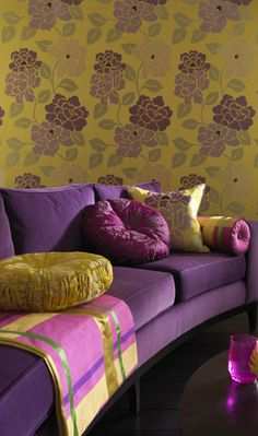 Purple and yellow/gold interior from Osborne and Little Purple Yellow, Shades Of Purple, Purple Velvet, Deco Boheme Chic, Home Interior, Interior Design, Yellow Interior, Modern Interior, Diy Home Decor