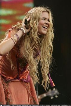 Joss Stone - one of the BEST newer voices in a long time