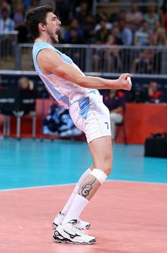 Facundo Conte #Argentina #PGE Skra Belchatow #El 7 Bravo Volleyball, Basketball Court, In This Moment, Running, Sports, People, Argentina, Display, Backgrounds
