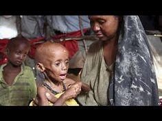 There is a woman in somalia ( Hay una mujer en Somalia, . ) gracias   yilmaz   dios♥  es terrible