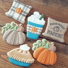 Crazy Cookies, Fall Cookies, Iced Cookies, Cut Out Cookies, Royal Icing Cookies, Holiday Cookies, Sugar Cookies, Mini Cookie Cutters, Thanksgiving Cookies