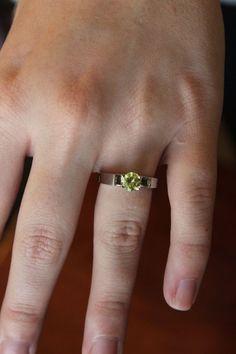 Disney Micky Mouse Stud Earrings 14K Yellow Gold Fn Peridot CZ Stone Alloy Womens Girls Jewellery