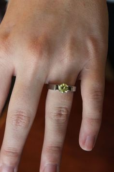 Snow White Mary Margaret Green Peridot Engagement Ring - Unique Once Upon a Time #Unbranded #SolitaireRing