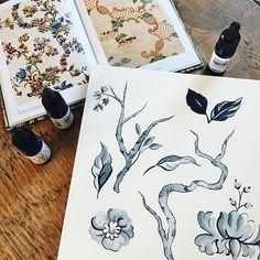 Vintage inspiration today. Happy Monday #vintage #vintageprint #wallpaper #ink #illustration #illustrator #flowers #flowerartist #painting Flower Artists, Art Diary, Happy Monday, Vintage Prints, Twine, Illustrator, Journal Art, Newspaper Art, Illustrators
