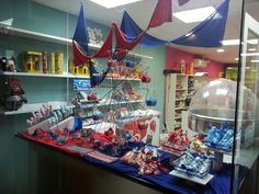 Candy bar de fiesta mayor,  mesa dulce de feria.  www.evdae.com