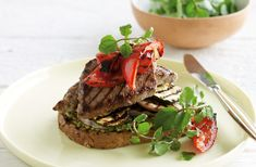 These super-quick steak sandwiches with pesto and grilled vegetables is the perfect satisfying lunch or dinner.