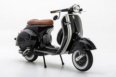 1963 Piaggio Vespa VBB by Ellaspede - Bikers Cafe