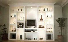 Resultado de imagem para estantes de alvenaria e madeira