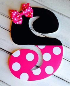 "THE LETTER ""S""~Minnie Mouse letter"