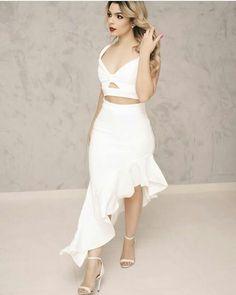 "5,695 Likes, 50 Comments - Princesas fashion (@princesasfashionoficial) on Instagram: ""Inspiração . #princesafashionoficial #lookdodia #modafemenina #modaevangelica #crentechic #trend…"""