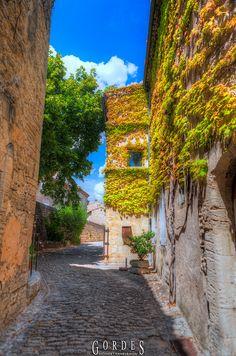 Gordes, Vaucluse, Provence-Alpes-Côte d'Azur region in southeastern France.