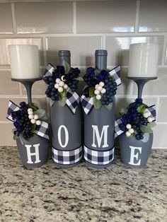 Wine Craft, Glass Bottle Crafts, Diy Bottle, Diy With Wine Bottles, Wine Bottle Art, Dollar Tree Decor, Dollar Tree Crafts, Diy Crafts For Home Decor, Mason Jar Crafts