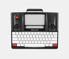 'World's First Smart Typewriter' Lets You Write Without Distraction From The Web - DesignTAXI.com