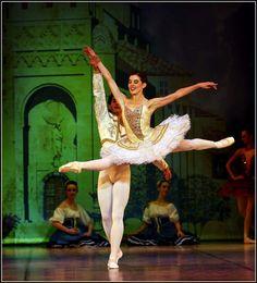 Prima Balerina, Burnise Silvius - South African Ballet Theatre...