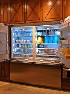 Thermador Built-In French Door Bottom-Freezer Luxury Kitchens, Home Kitchens, Kitchen Furniture, Kitchen Decor, Kitchen Ideas, Eclectic Kitchen, Kitchen Trends, Kitchen Inspiration, Furniture Design