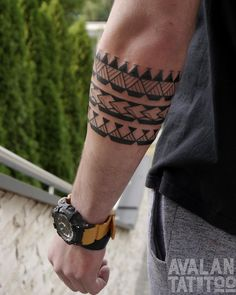 Significant Armband Tattoos – Meanings and Designs tattoos,tattoos . - Significant Armband Tattoos – Meanings and Designs tattoos,tattoos for women,tattoos f - Tattoo Band, Band Tattoo Designs, Forearm Band Tattoos, Tattoos Arm Mann, Tattoo Bracelet, Tattoo Designs For Men, Art Designs, Maori Tattoo Designs, Design Ideas