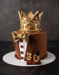 Торт для мужчины на 30 лет Birthday Cake For Him, Adult Birthday Cakes, 41st Birthday, Birthday Ideas, Cake Decorating Videos, Cake Decorating Techniques, Cake For Boyfriend, Fondant Cake Designs, Bithday Cake